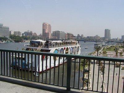 Loď na Nilu v Káhiře