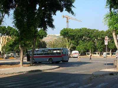 Autobusové nádraží ve Victorioze na Gozu