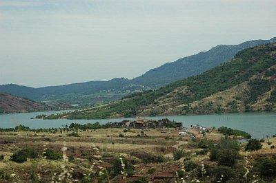jezero v Pyrenejích (nahrál: admin)