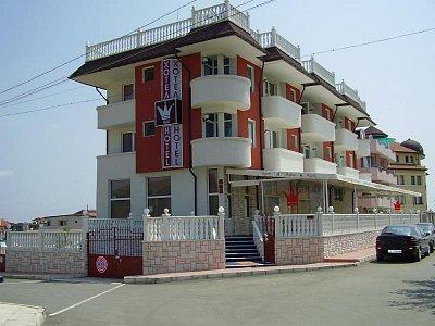 ČERNOMOREC - hotel (nahrál: pome)