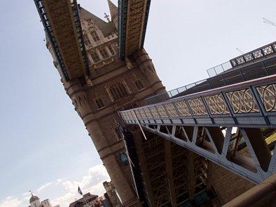 Tower Bridge- zvedání (nahrál: admin)