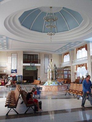 vestibul nádraží (nahrál: admin)