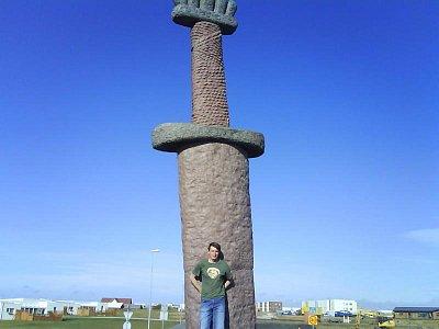 Keflavík - socha meče (nahrál: ra-ol)