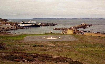 Cape Jervis - Odtud jezdí trajekty na Kangaroo Island (nahrál: Luboš)
